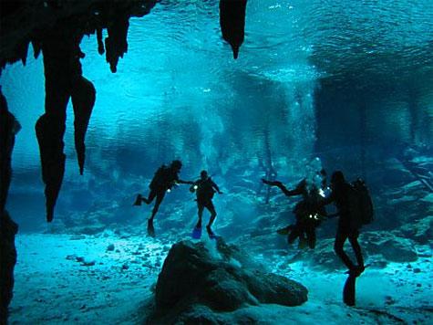 Maya-pools in Belize