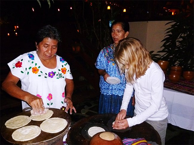 maya-tortilla-making