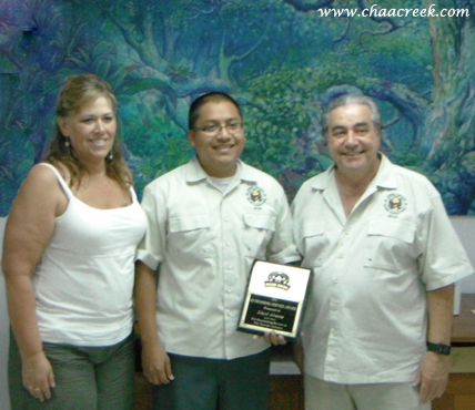 Chaa Creek's Reservations Administrator receives 2012 Outstanding Service Award