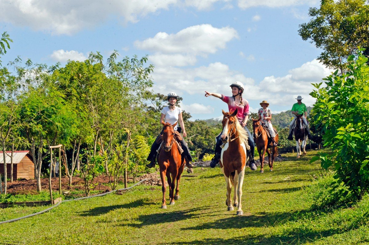 Belize-Horseback-Riding-Maya-Organic-Farm