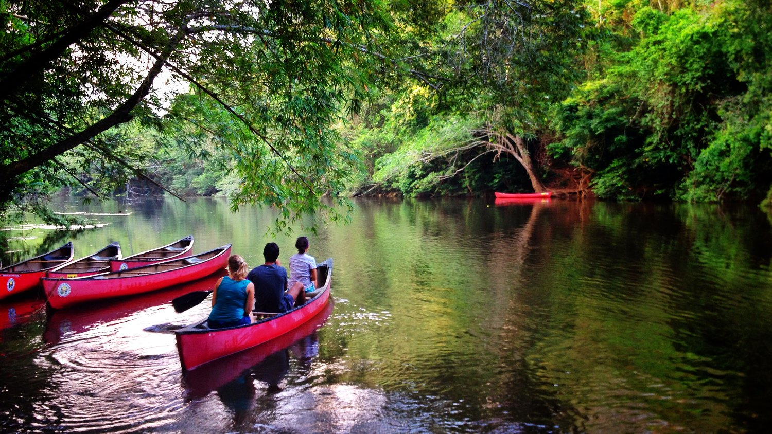 Canoeing-in-Belize-During-Summer
