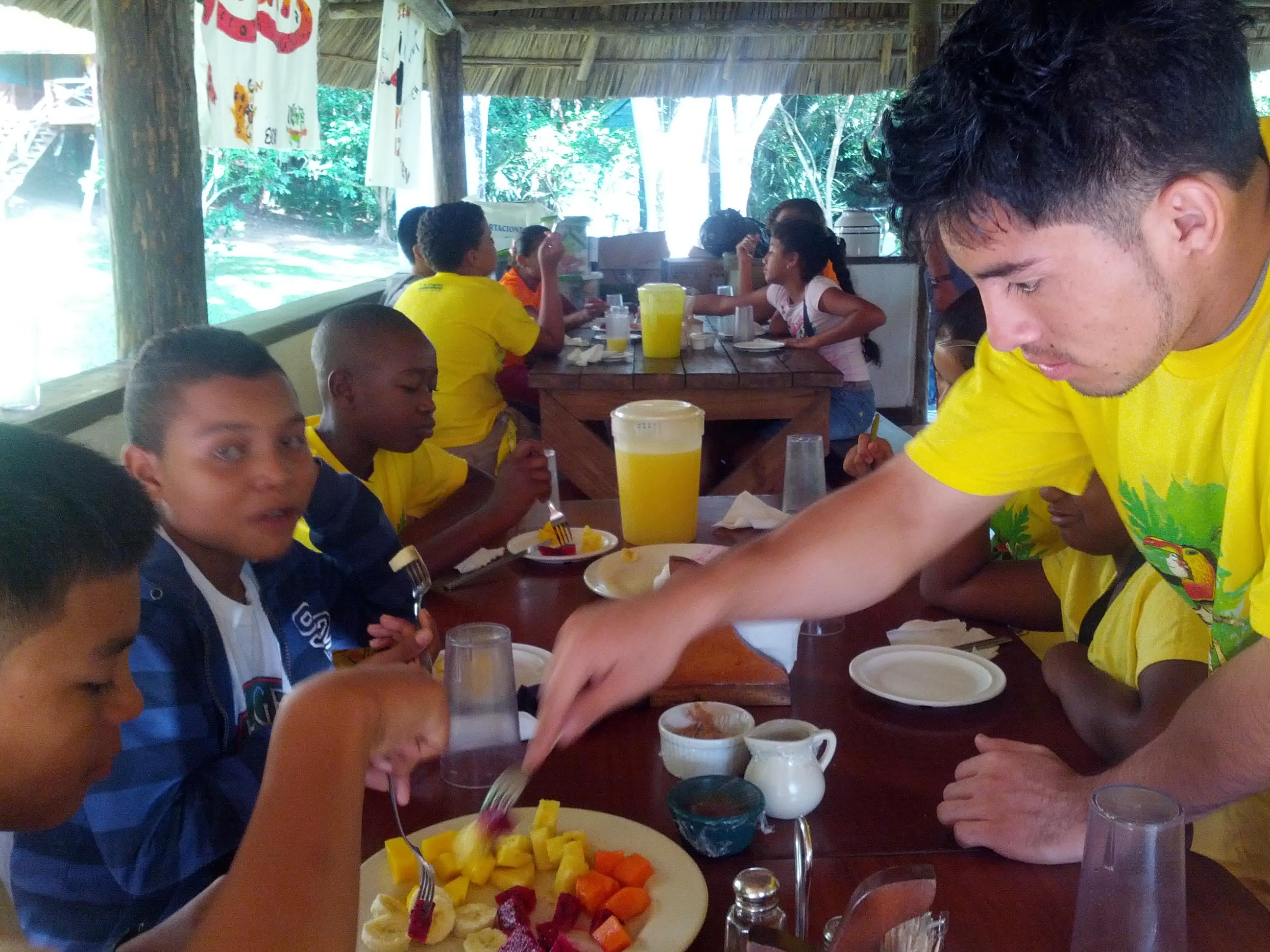Eco-kids-breakfast