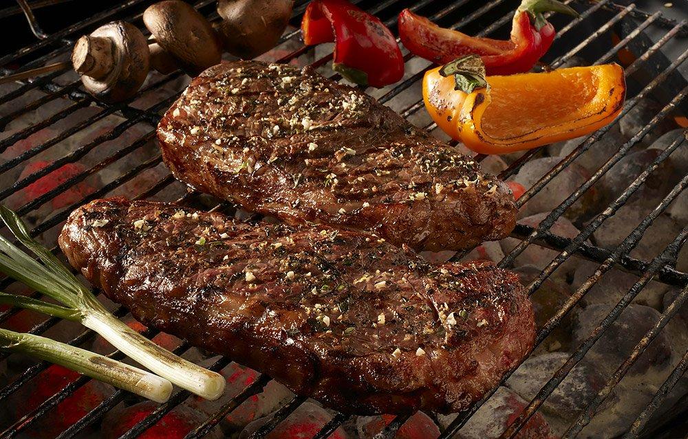 Belize Recipes of Carne ala Chimichurri (grilled beef steak)