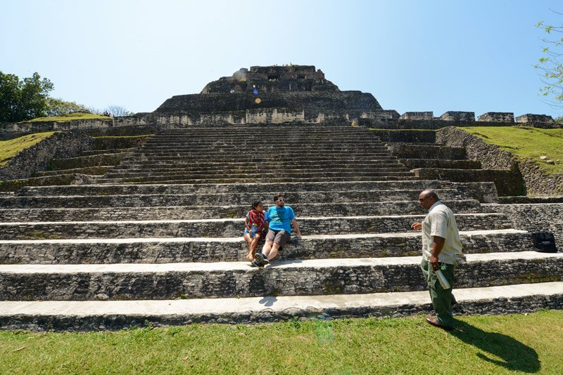 belize-xunantunich-cayo-district-chaa-creek