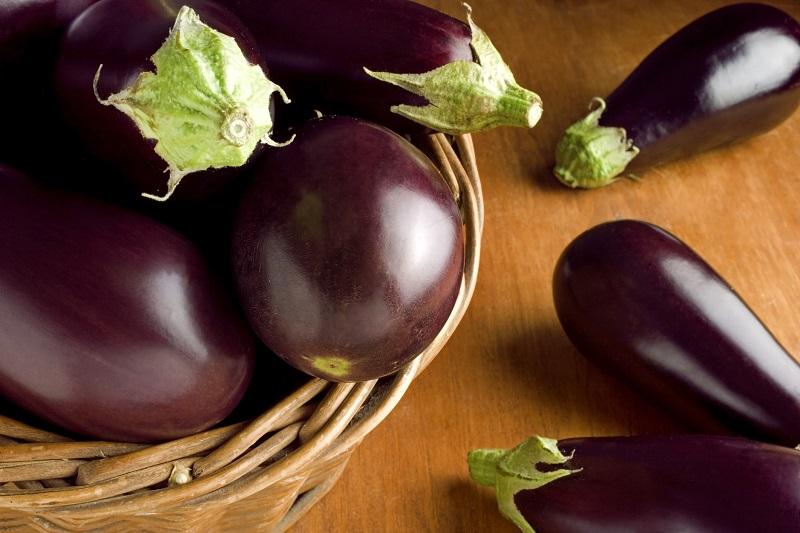 Belize-Vegetables-eggplant