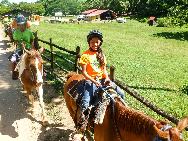 EcoKids2015-horseback-riding-tour -1