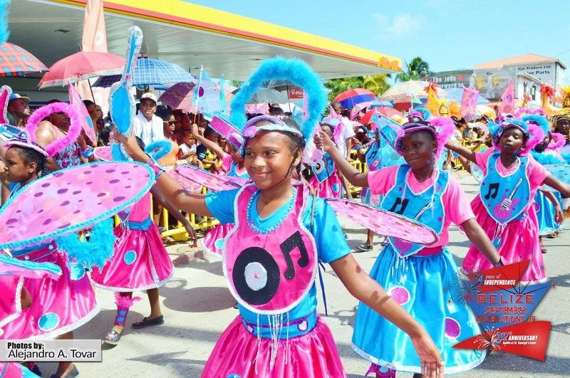kids-belize-carnival-road-march-2015