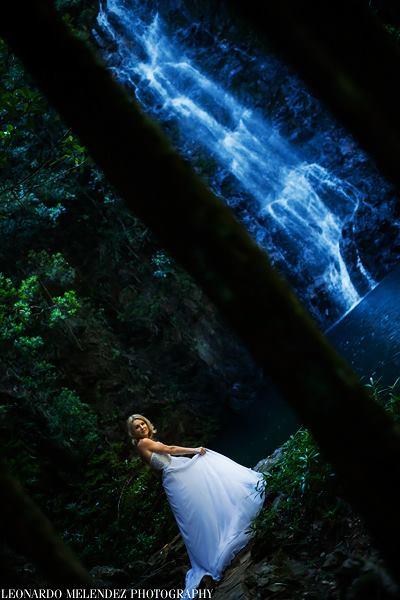 belize-waterfall-wedding-photos