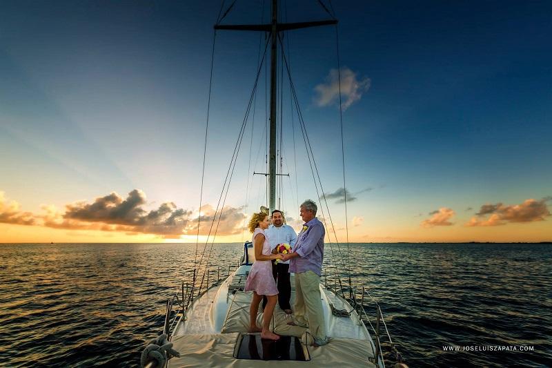 belize-wedding-photos-sail-boat-san-pedro. jpg