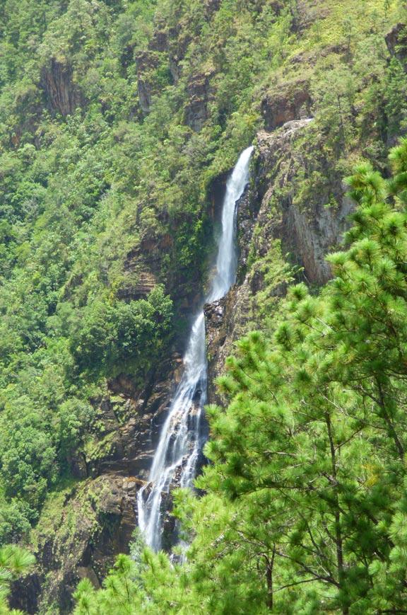 chaa-creek-pine-ridge-1000-foot-falls