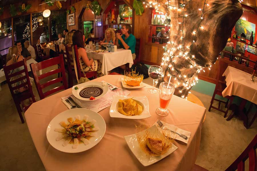 best_san_pedro_belize_restaurants_elvis_kitchen_travel_guide