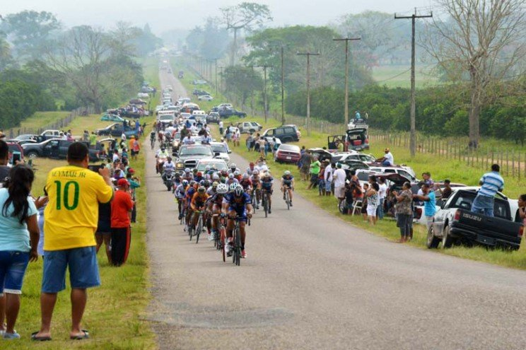 easter-in-belize-cross-country-cycling-race-on-easter-saturday-1