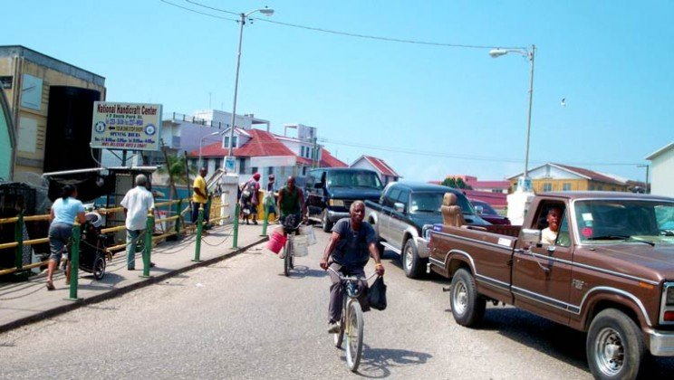 pictures_of_belize_city_traffic_8_things_wont_happen_here_travel_blog