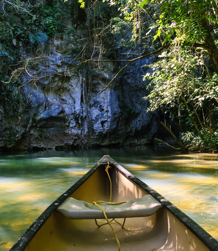 Barton Creek Canoeing in Belize