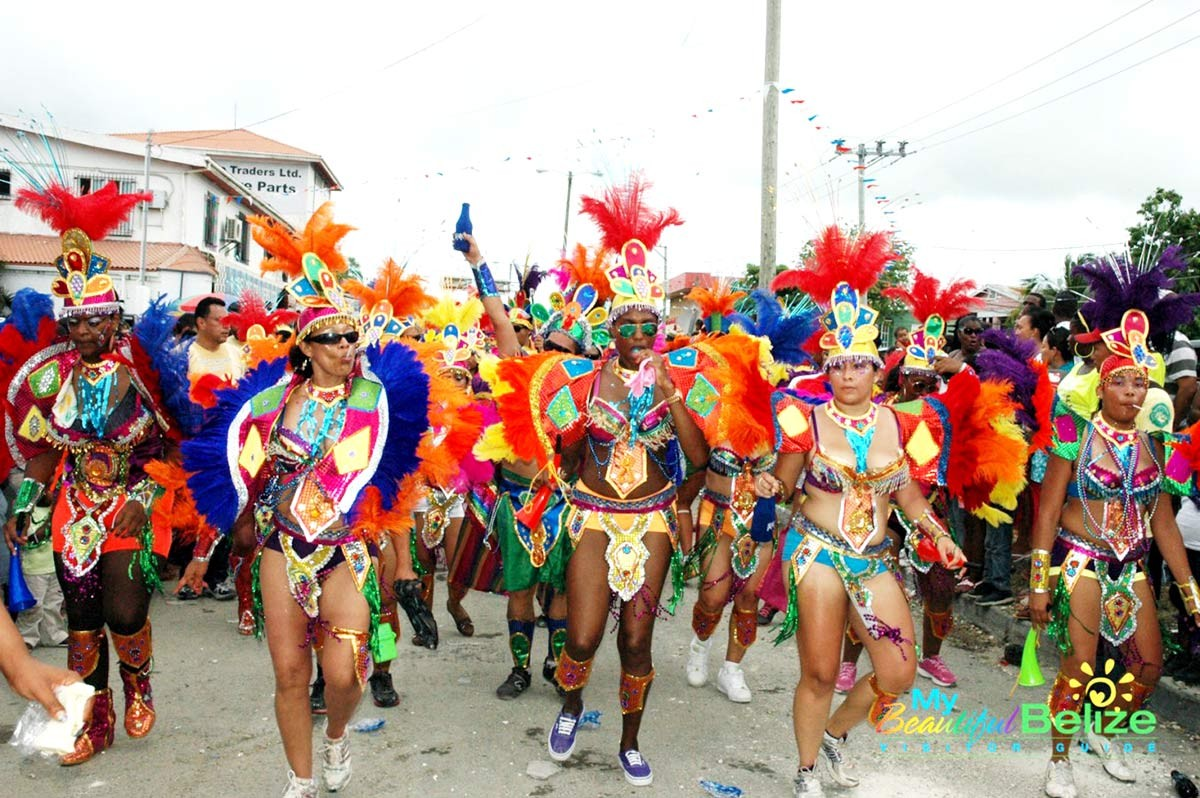 belize-in-september-celeberations-independence-chaa-creek