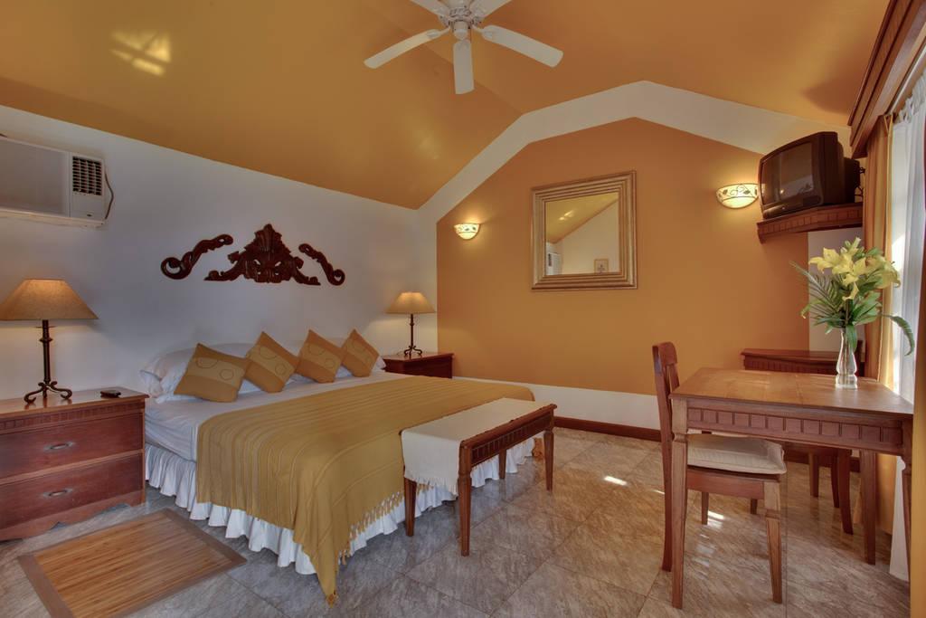 belize_hotels_best_accommodations_villa_boscardi_guide_chaa_creek