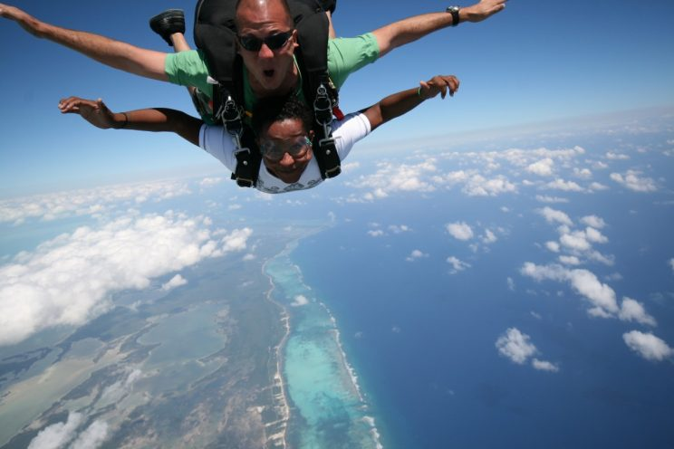 belize-sky-diving