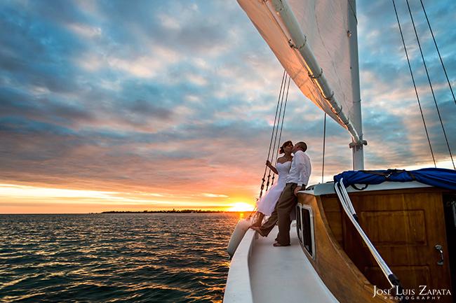 belize-chaa-creek-romantic-cruise