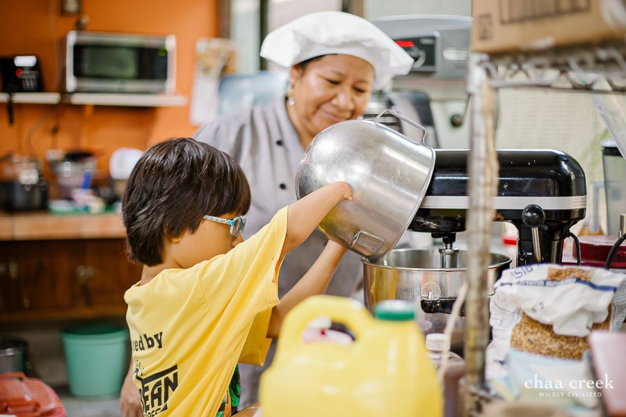 eco kids summer camp 2019 day 6 levi baking