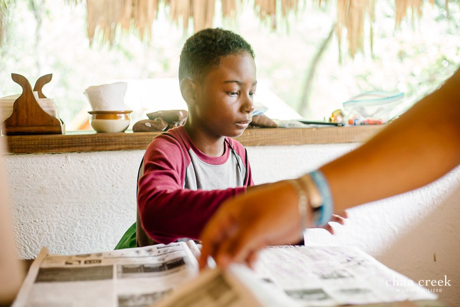 eco kids summer camp 2019 day 7 boy dojng arts craft